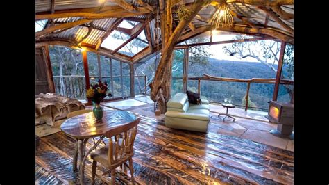 The World's Best Treehouse (with a spa!) - Blue Mountains