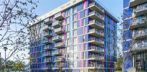 Property For Sale in Hatton Road, Greater London, Wembley, HA0