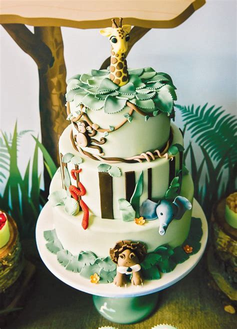Amazing Jungle Themed Birthday Party // Hostess with
