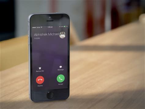 Respond to calls with a quick text message on your iPhone