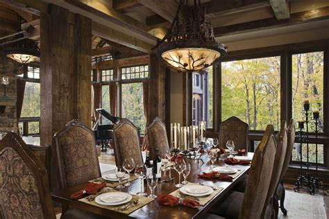 Rustic House Design in Western Style - Ontario Residence