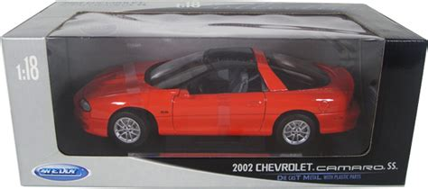 2002 Chevy Camaro SS - Red (Welly) 1/18 diecast car scale