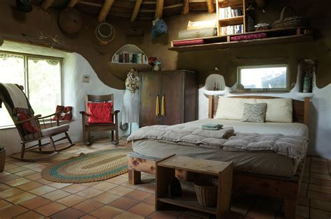 Cob House 'Gobcobatron' For Sale   The Year of Mud