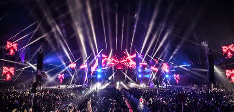 Meet the EDM Lights Expert Behind the World's Most Famous